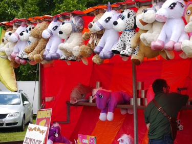 HF2019 11 - toy stall